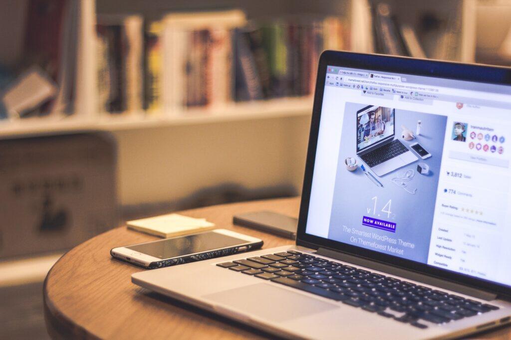 Sådan får du en moderne gratis hjemmeside til din virksomhed
